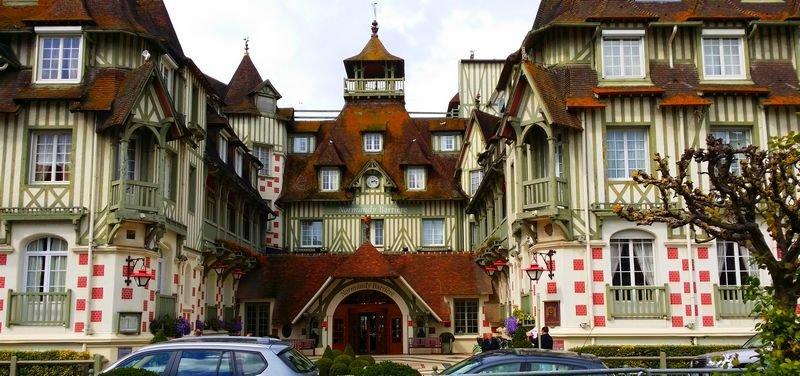 Le célèbre Hotel Normandy Barrière