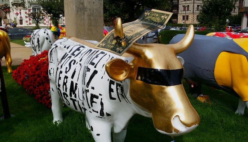 "Karl Lagasse - ""Sacred cow"""