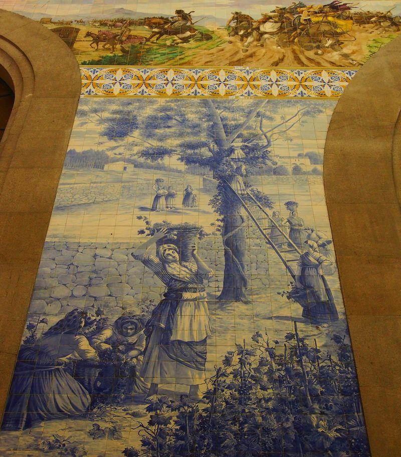 Détail d'azulejos de la gare de Sao Bento