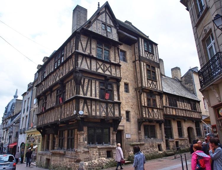 Bayeux médiévale