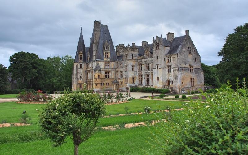 Fontaine-Henry-chateau-renaissance