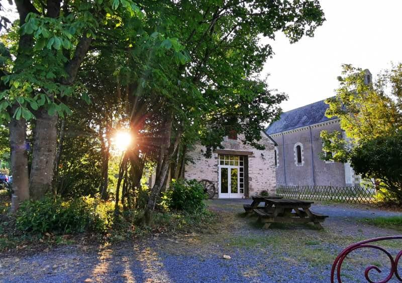 Coucher de soleil sur Missilac et la chapelle